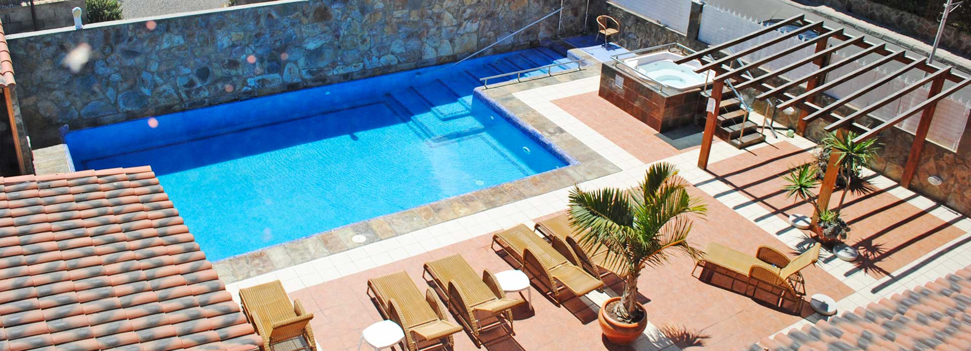 Hotel la aldea suites un peque o para so en un lugar nico for Piscina can drago precios 2017